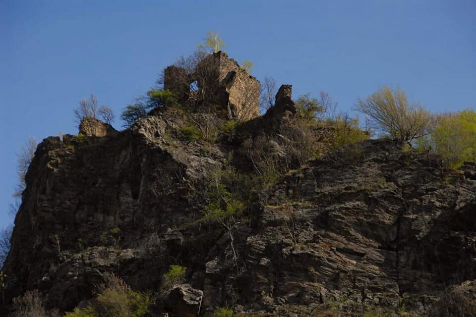 cetatea-colt-hunedoara-2-min